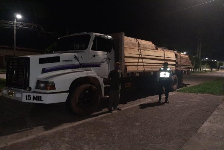 Madre de Dios. Policías incautan madera ilegal